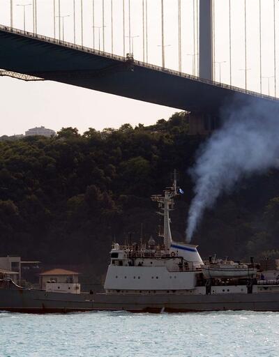 Rus istihbarat gemisi İstanbul Boğazı'ndan böyle geçti