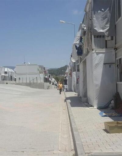 Sıcak hava Suriyeli sığınmacıları konteyner kente hapsetti