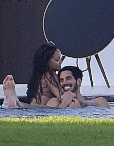 Rihanna jet ski'ye yeni adet getirdi