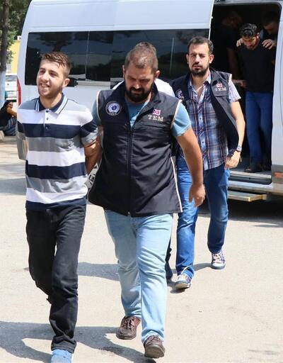 Tarlada kuruluş ilan eden PKK'lılar yakalandı