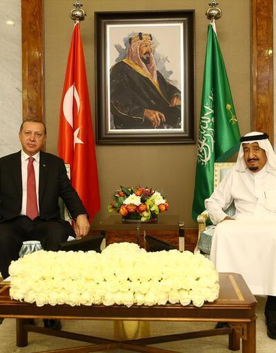 Cumhurbaşkanı Erdoğan, Suudi Arabistan Kralı ile bir araya geldi