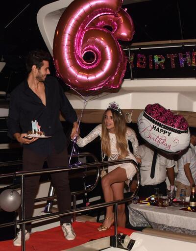Cem Belevi'den sürpriz doğum günü partisi