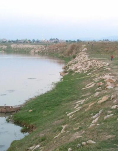 Nehirde akıntıya kapılan çocuk boğuldu