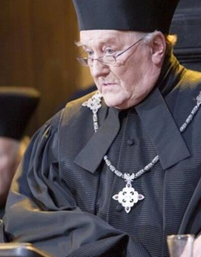 Harry Potter'da da rol alan ünlü oyuncu Robert Hardy hayatını kaybetti