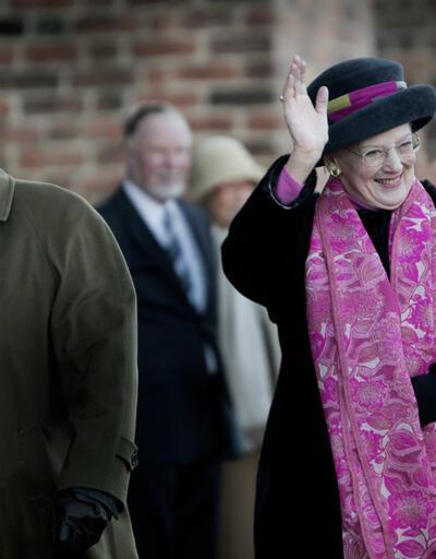Saray, Kraliçe'nin yanına gömülmek istemeyen prense 'bunak' dedi'!