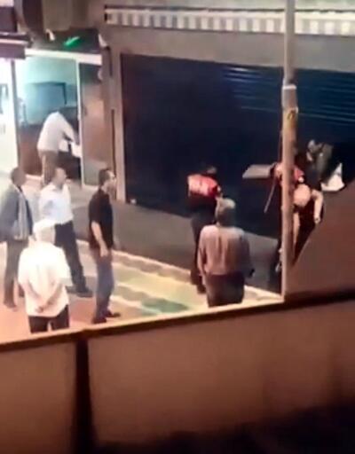 Tokat attığı iddia edilen vatandaşa polisten yumruk