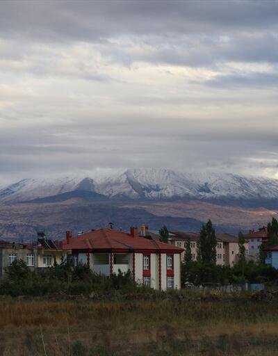 """""""Türkiye'nin çatısı""""na kar yağdı"""