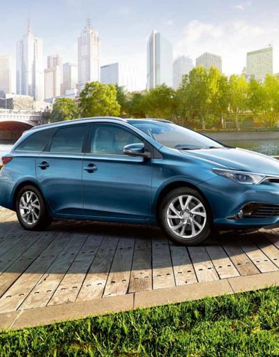 Toyota'ya yeni bir hibrit daha geldi