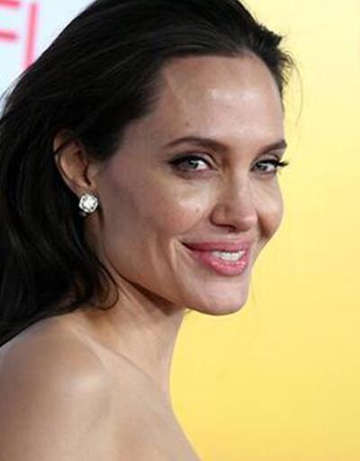 Angelina Jolie'i de taciz etmiş