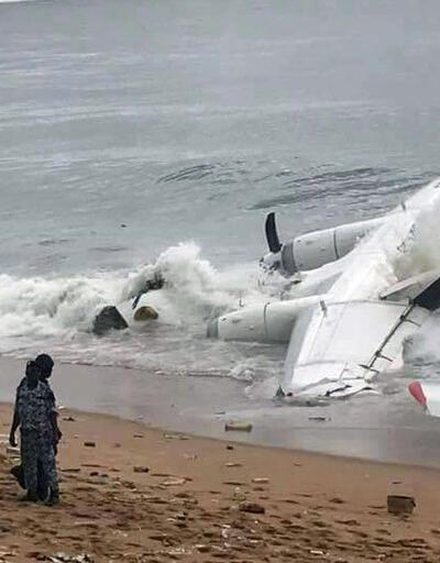 Son dakika... Fildişi Sahili'nde uçak düştü
