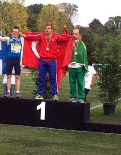 Down sendromlu Ali Topaloğlu'dan çift altın madalya