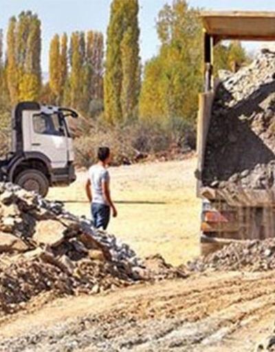 Skandal! 7 bin yıllık Araklı Höyüğü yol çalışmasında yok edildi