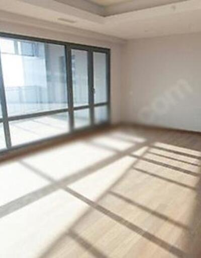 Kerimcan Durmaz 25 bin liraya kiraladığı evini dekorasyonuna servet verecek