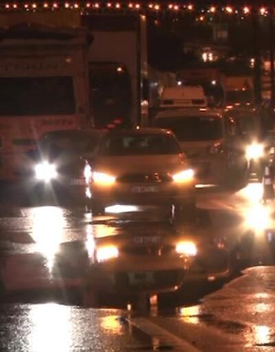 TEM'de bariyere çarpan otomobil takla attı: 1 ölü
