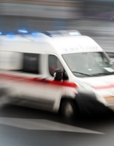 Tarım işçilerini taşıyan minibüs ile kamyon çarpıştı: 14 yaralı