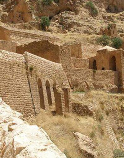 Güneydoğu'nun Sümela'sı: Mor Evgin Manastırı