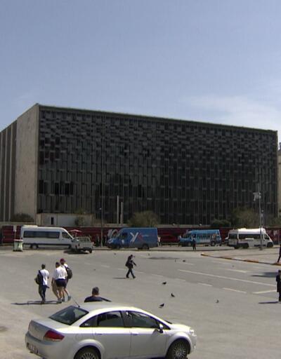 Mimarlar Odası'ndan AKM önünde açıklama: Her türlü girişim hukuken suçtur