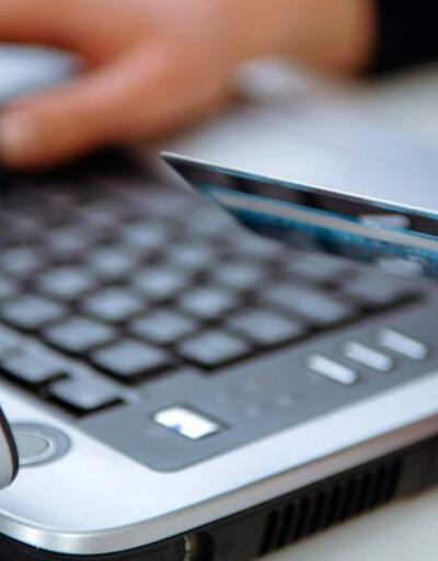 İnternetten alışveriş yapanlara kötü haber: Gümrük muafiyeti limiti 22 euro'ya düşürüldü
