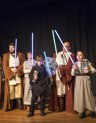 Star Wars hayranları 'Son Jedi' için bir araya geldi