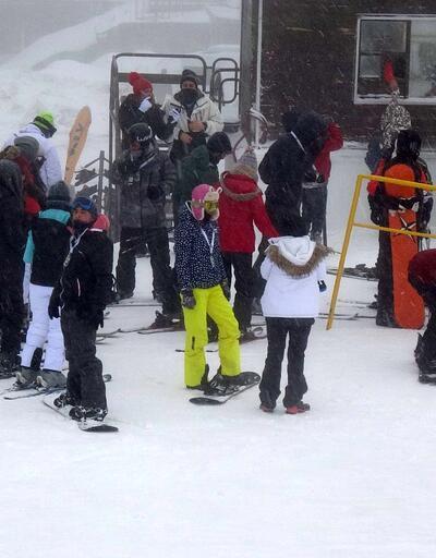 Kayak merkezleri doldu taştı: 5 kent beyaz örtüye büründü
