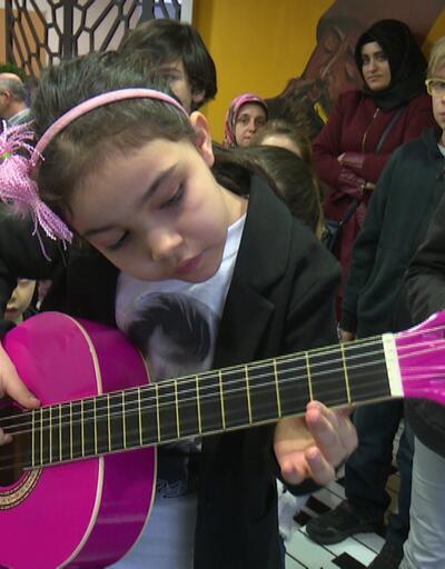 Ücretsiz müzik eğitimi için jüri karşısına çıktılar