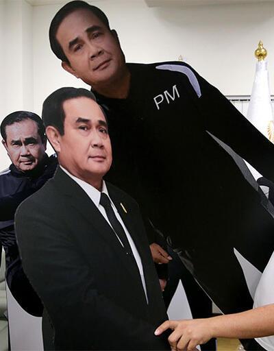 Tayland Başbakanı: Sorularınızı maketim cevaplasın
