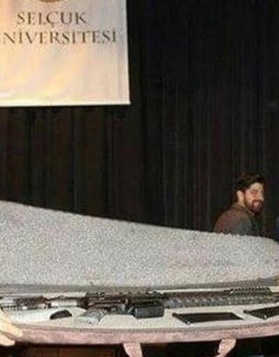 Selçuk Üniversitesi'nden 'hediye tüfek' açıklaması
