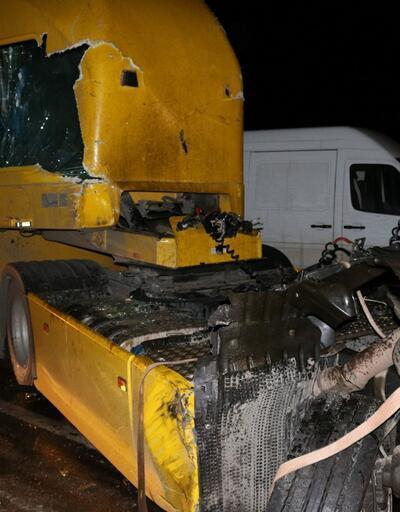 Pamukova'da 7 araç birbirine girdi, 5 kişi yaralandı