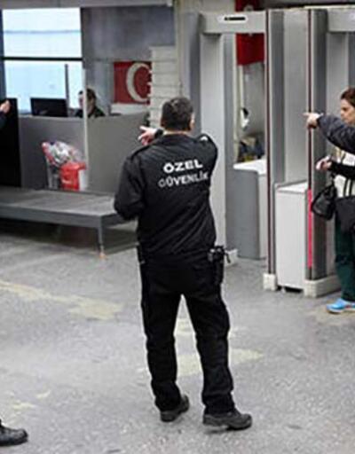 Ankara valisi silah kuşanıp denetledi