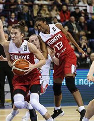 A Milli Kadın Basketbol Takımı'ndan 3'te 3