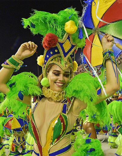 Rio Karnavalı coşkusu sürüyor