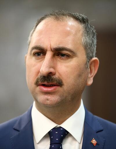Adalet Bakanı Gül: Çocuklarım adına endişe ediyorum