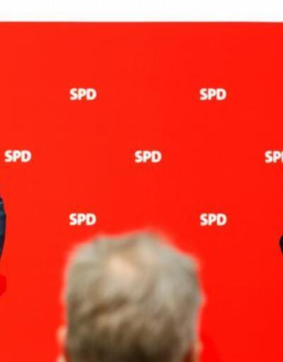 """Almanya'da hükümet kuruluyor: SPD büyük koalisyona """"evet"""" dedi"""