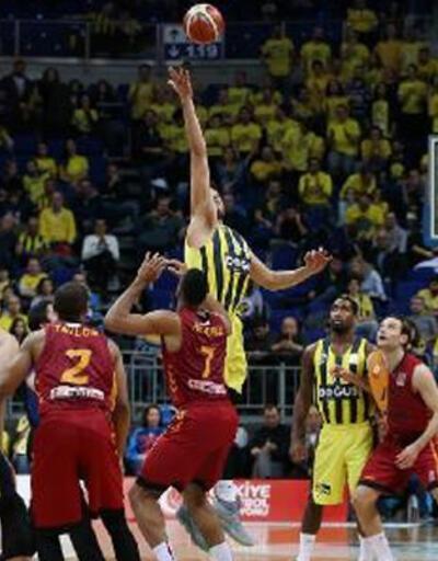 Fenerbahçe Doğuş: 80 - Galatasaray Odeabank: 60