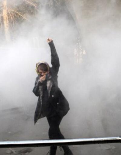 İran'da 8 Mart'ta kadınlara polis müdahalesi: Gözaltılar var