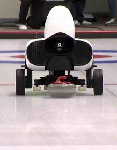 Curling oynayan robotlar insanları yenemedi