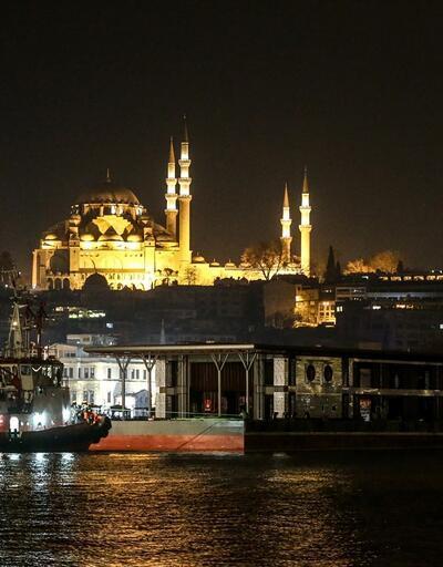 10 yıl önce batmıştı, Karaköy'ün yeni iskelesi geldi