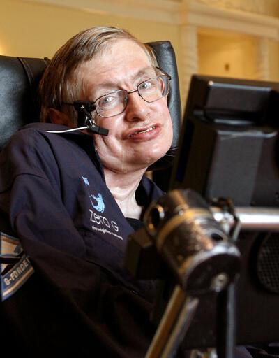Son dakika... Ünlü Fizikçi Stephen Hawking  öldü