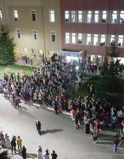 Yurtta yemek isyanı: 3 günde 300 öğrenci hastanelik oldu