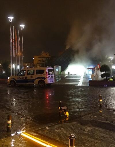 Bursa'da bir AVM'de yangın çıktı