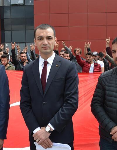 Üniversite kantininde Türk bayrağı indirildi iddiası
