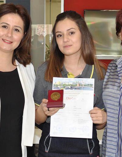 Türk öğrenci matematik dalında dünya birincisi oldu