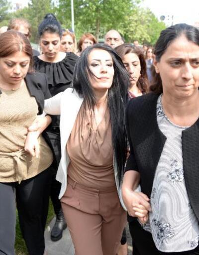 Ayşe öğretmen 8 aylık bebeğiyle cezaevinde
