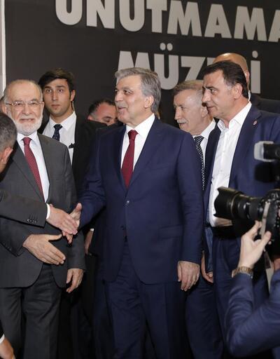 SP lideri Karamollaoğlu Abdullah Gül'ü böyle karşıladı