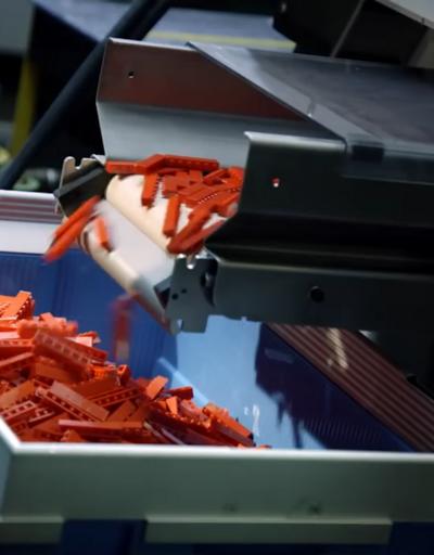 LEGO parçalarının üretim süreci