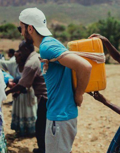 Nuri Şahin'den Afrikalı çocuklara yardım eli