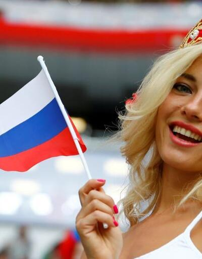 O taraftar Moskova güzeli çıktı!