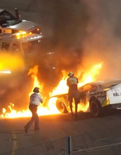 Yarışta kaza yaptı, yanan araçtan babası kurtardı