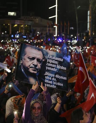AK Parti İstanbul'da iki ilçeyi geri aldı