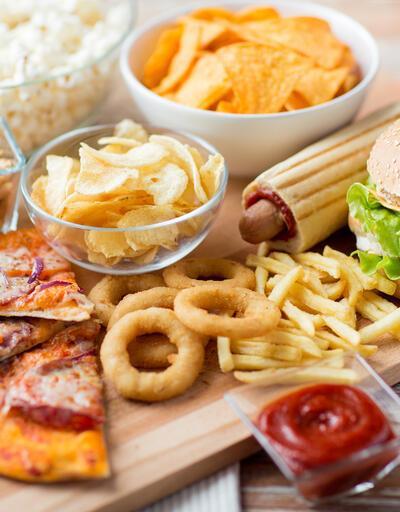 Fast-Food geldi, obezite yaşı 8'e indi